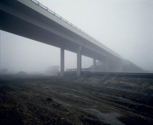 gabor-arion-kudasz-overpass-road-4-near-torokszentmiklos-aus-der-serie-tranzit-2003-5604f6b9b2834